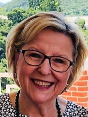 Dr. Nadia Ewing